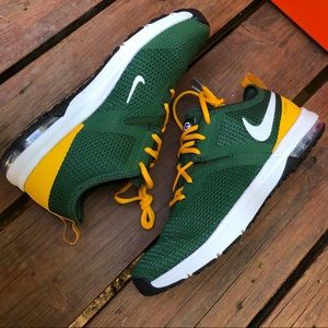 Green Bay Packers Air Max Typha 2 Shoes NEVER WORN